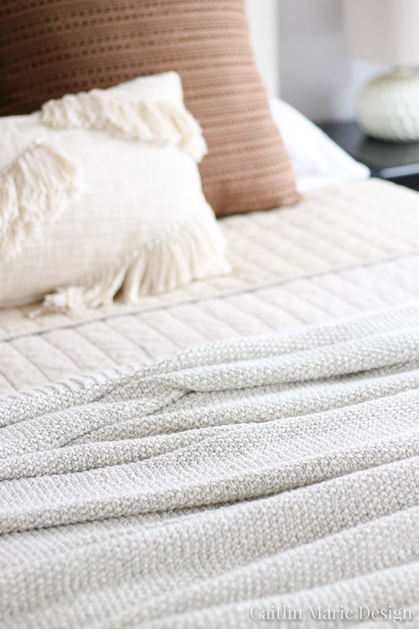 How to Layer Bedding - Caitlin Marie Design | modern traditional, minimalist home, natural decor, linen quilt, sweater throw