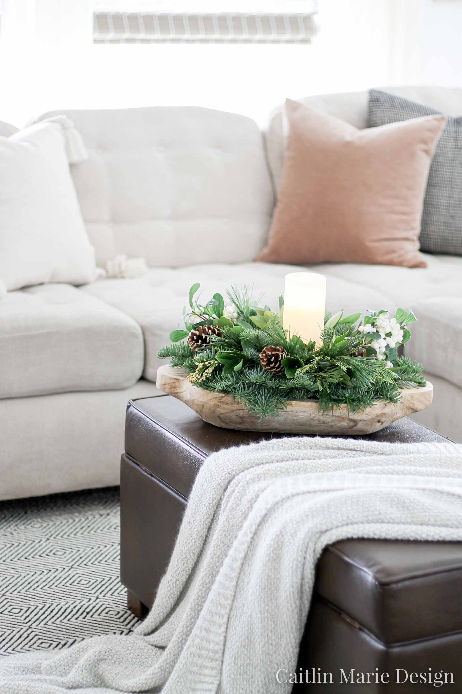 Christmas Home Tour 2019 | Lynch Creek Farm centerpiece
