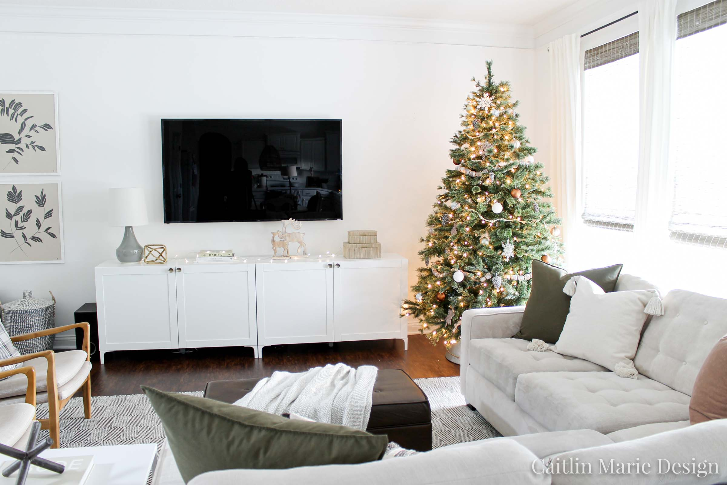 Christmas Home Tour 2019 | Ikea Besta media console, modern home decor, minimalist home, neutral Christmas