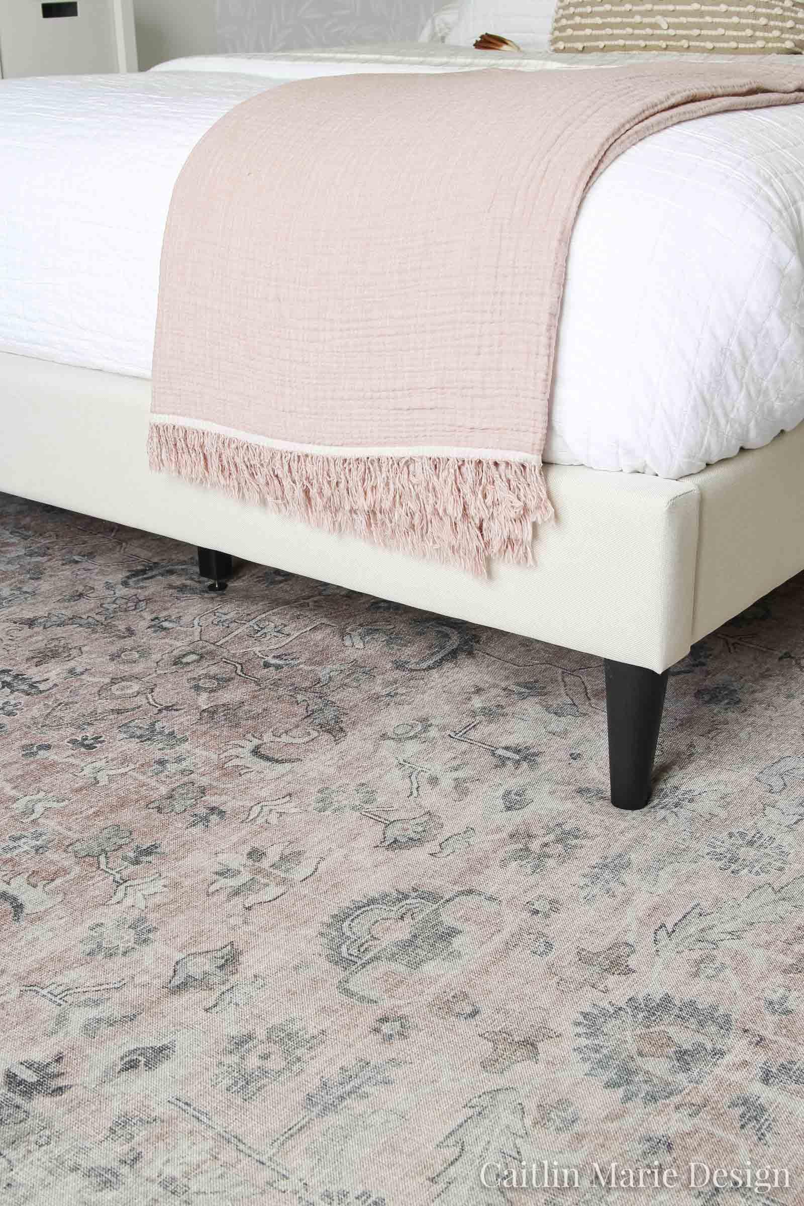 Loloi Hathaway rug HTH-06 Blush / Multi vintage look printed rug