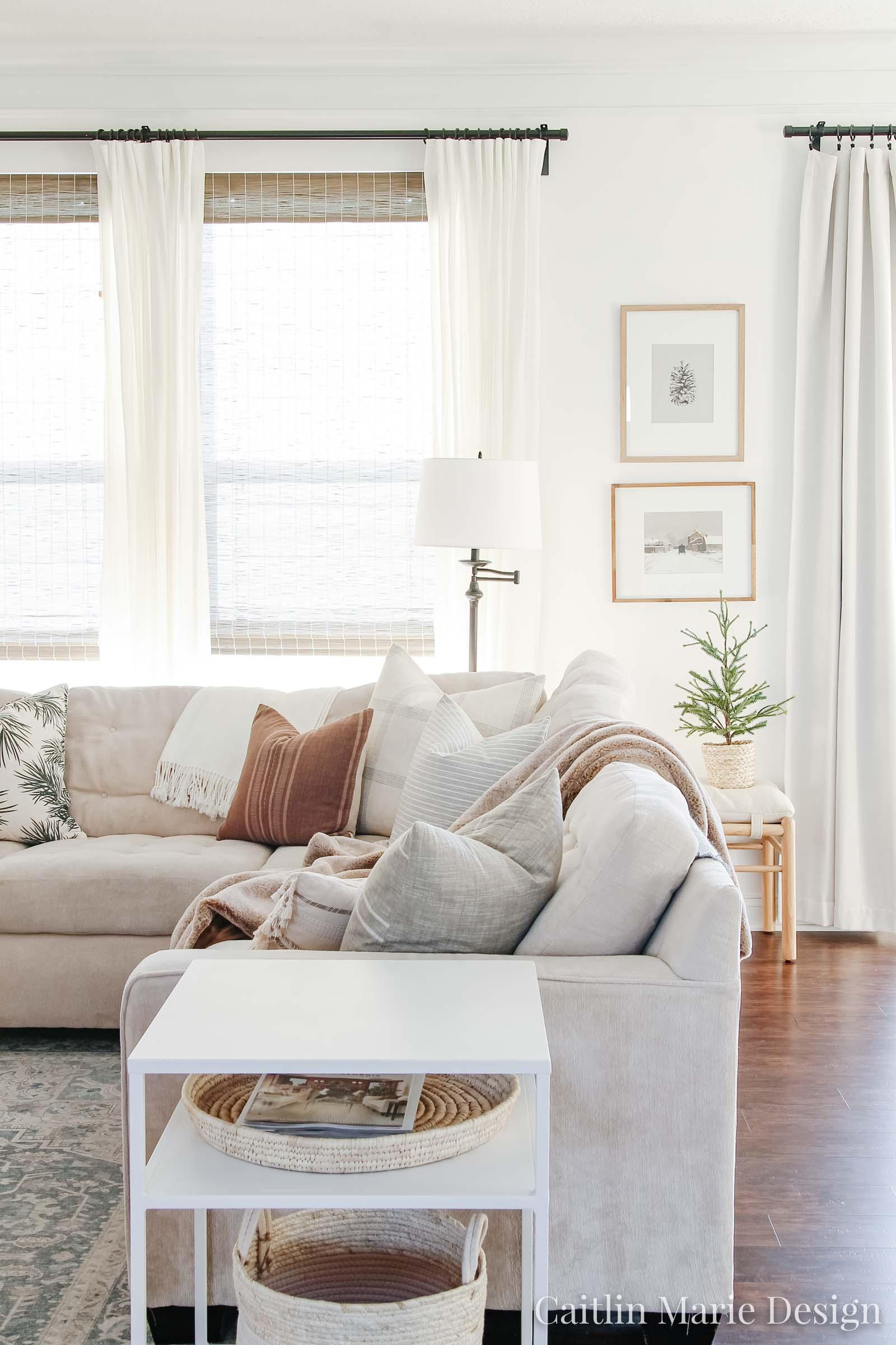 wintery living room, vintage art prints, printable vintage artwork