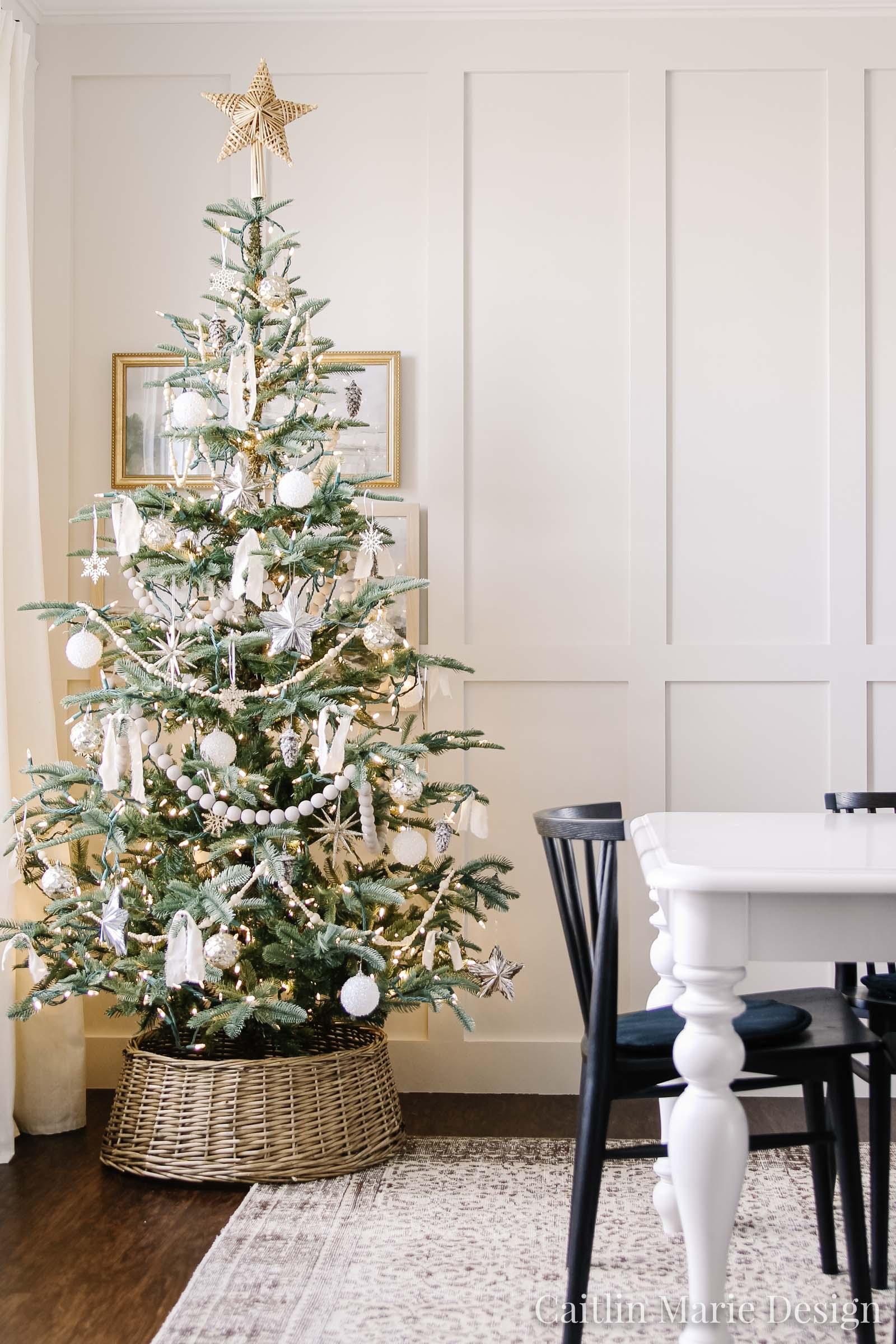 neutral Christmas tree, metallic ornaments, King of Christmas tree, King Noble Fir