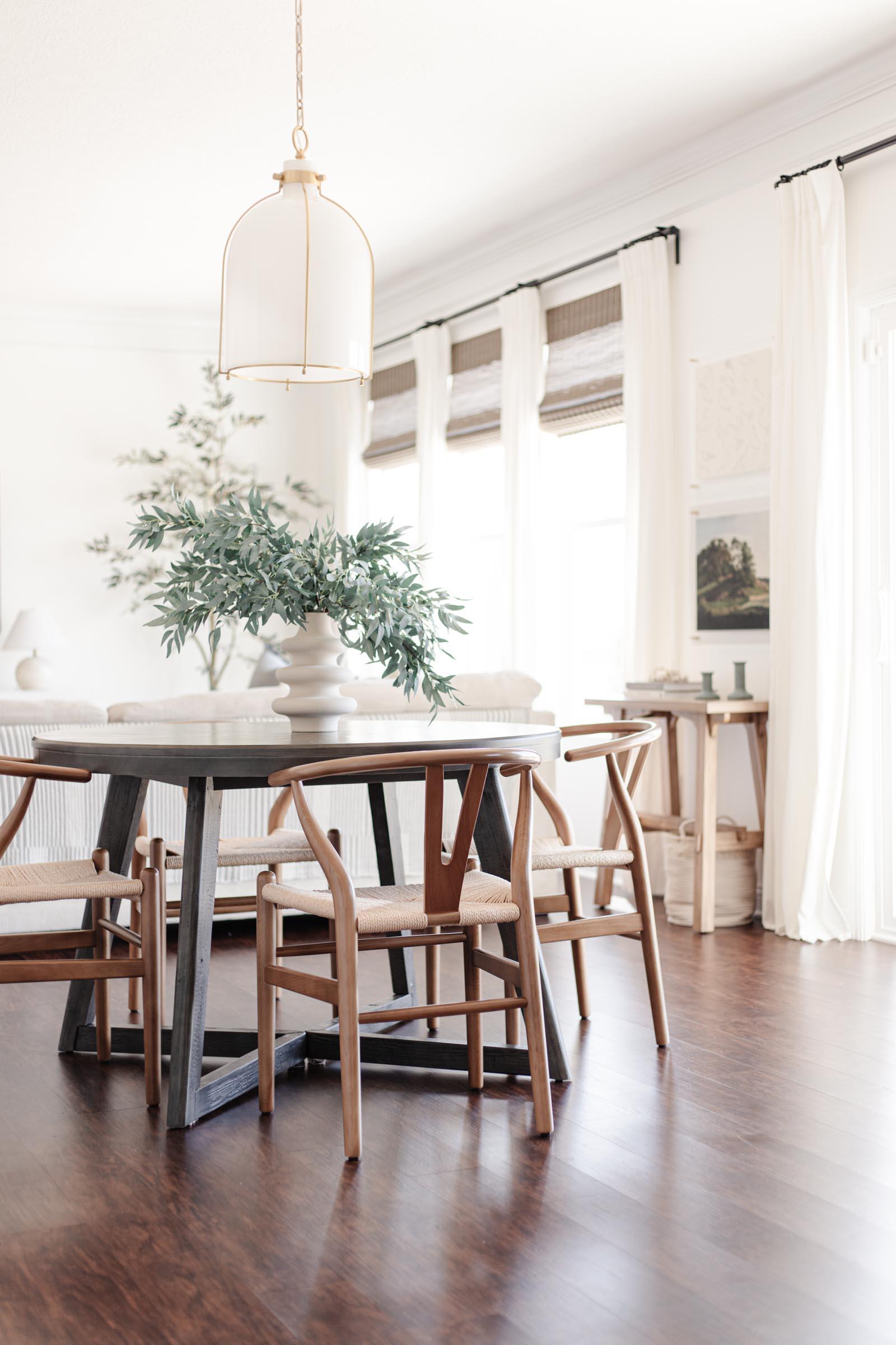 breakfast table, pendant light, bamboo shades